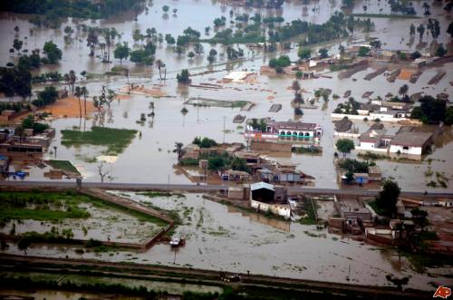 pakistan-floods-2010-8-4-10-10-39