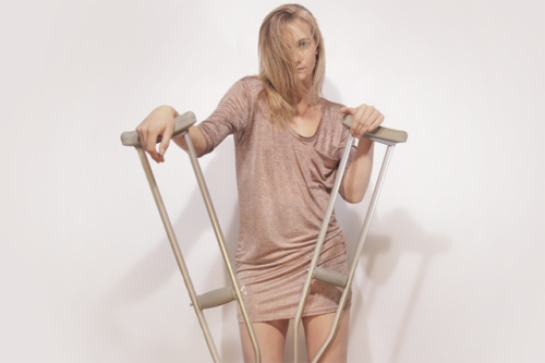 broken-fashion-video-1a